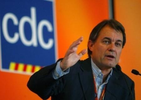 Artur Mas, expresidente de Catalugna oe suta protzessu pro disubidièntzia