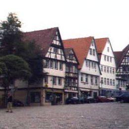 Leonberg, in ue est naschidu Schelling