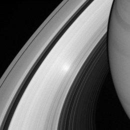 2 Saturnu