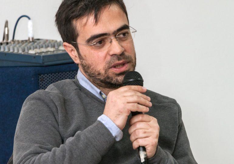 Medas maneras pro amparare unu logu: intervista a Fabrìtzio Vella