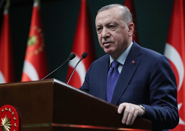 Ue – Turchia. Finantziamentu annoadu in contu de pròfugos